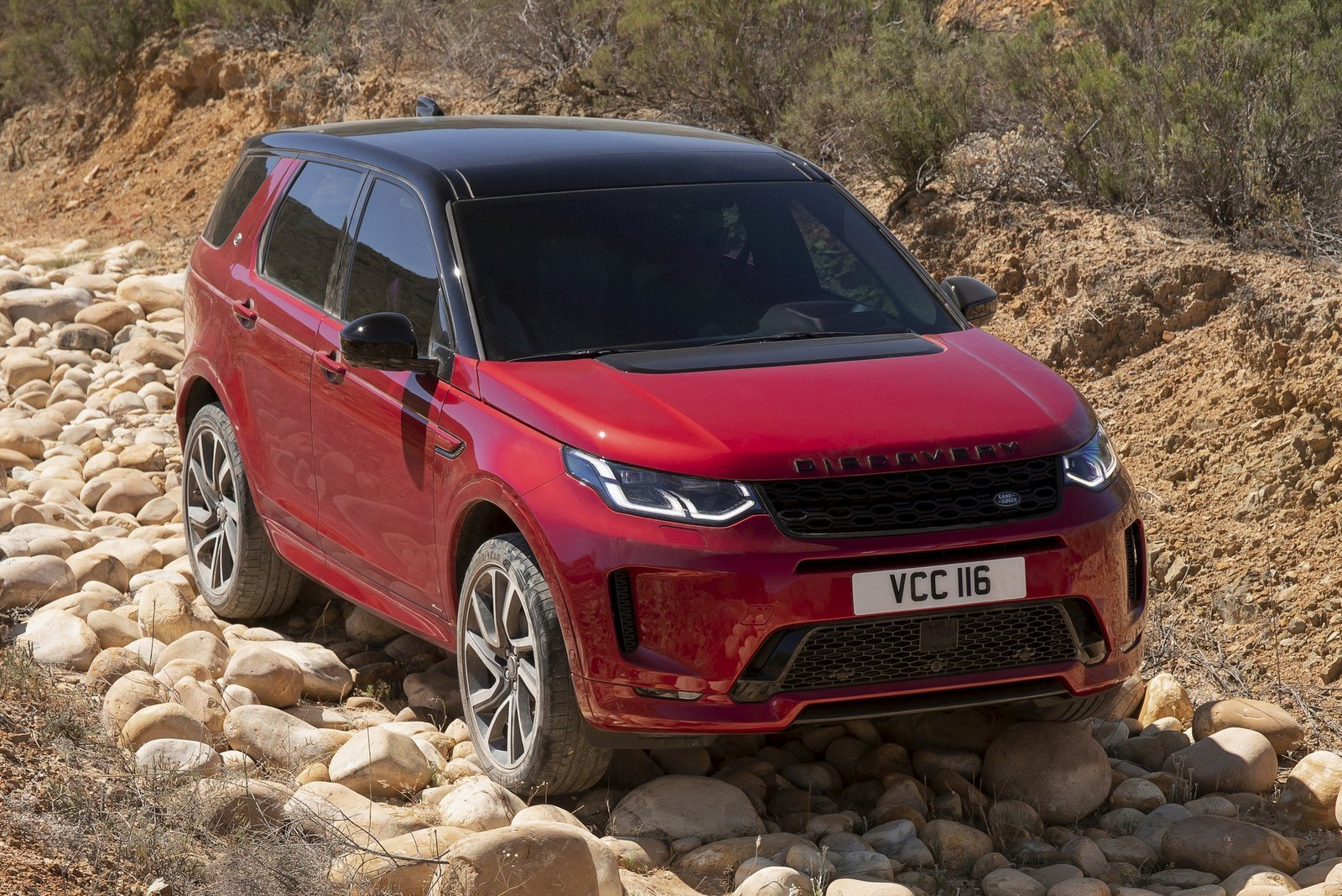 2020-land-rover-discovery-sport-8.jpg